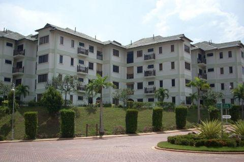 Fully Furnished Cyber Heights Villa Condominium at Cyberjaya For Rent