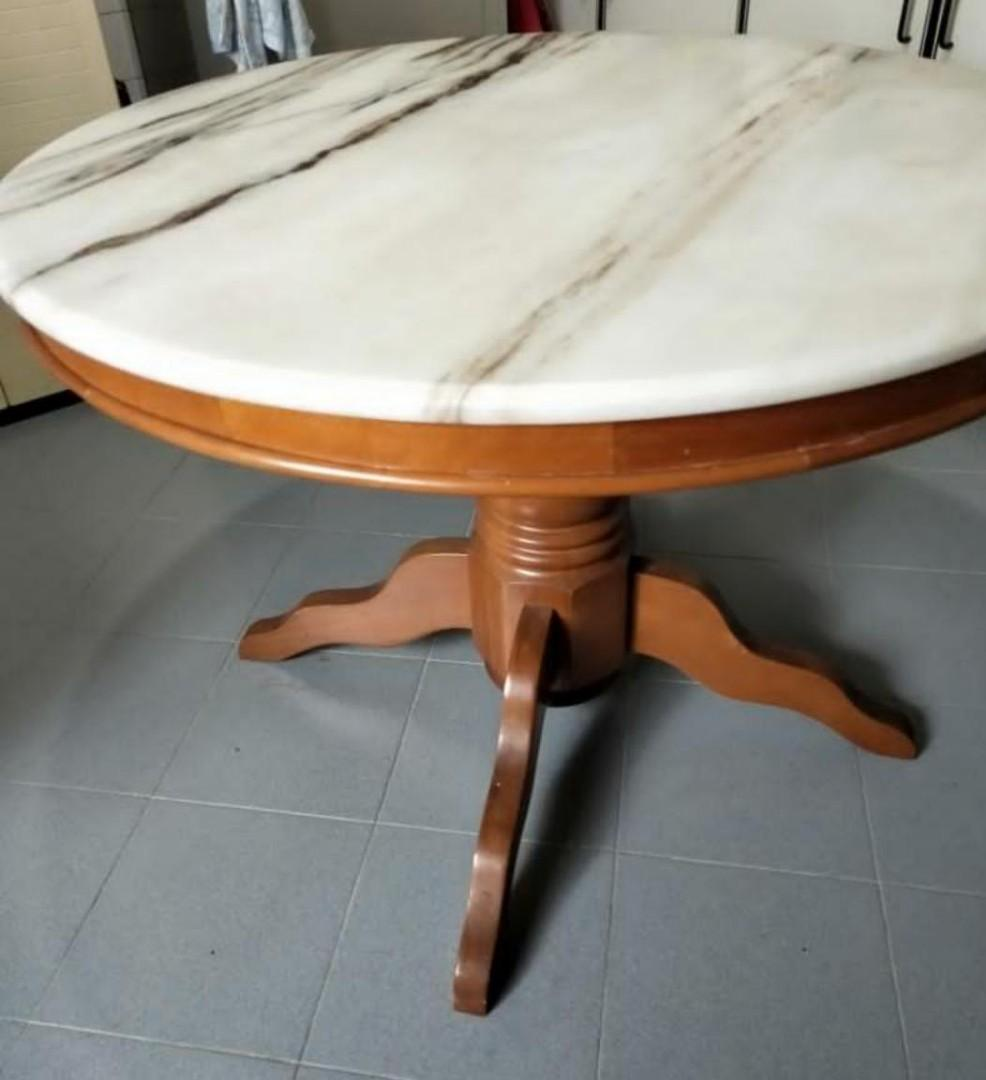 Picture of: Beautiful Marble Dining Table Round Furniture Tables Chairs On Carousell