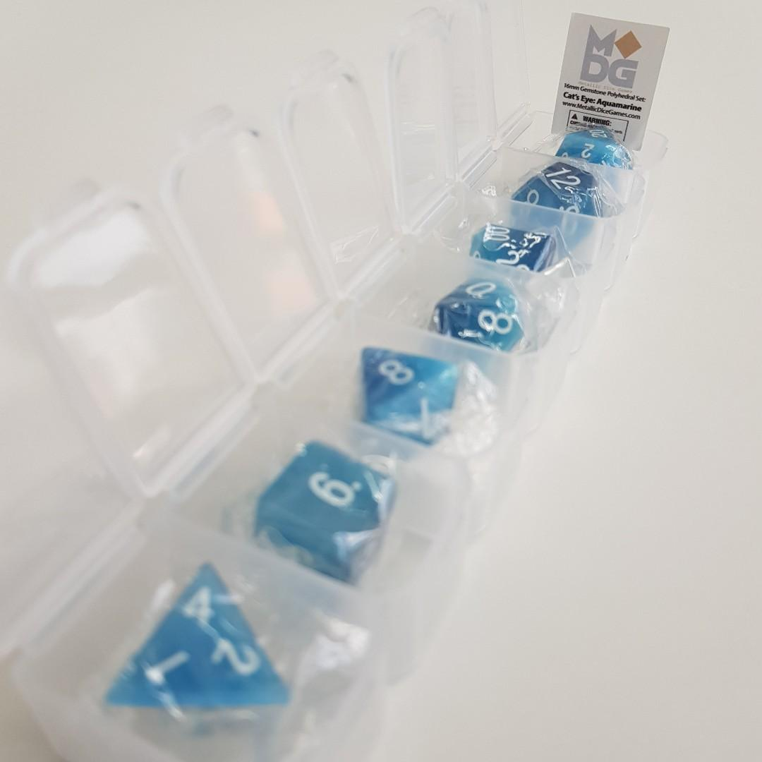 Cat\u2019s Eye Aquamarine Full-Sized 16mm Polyhedral Set