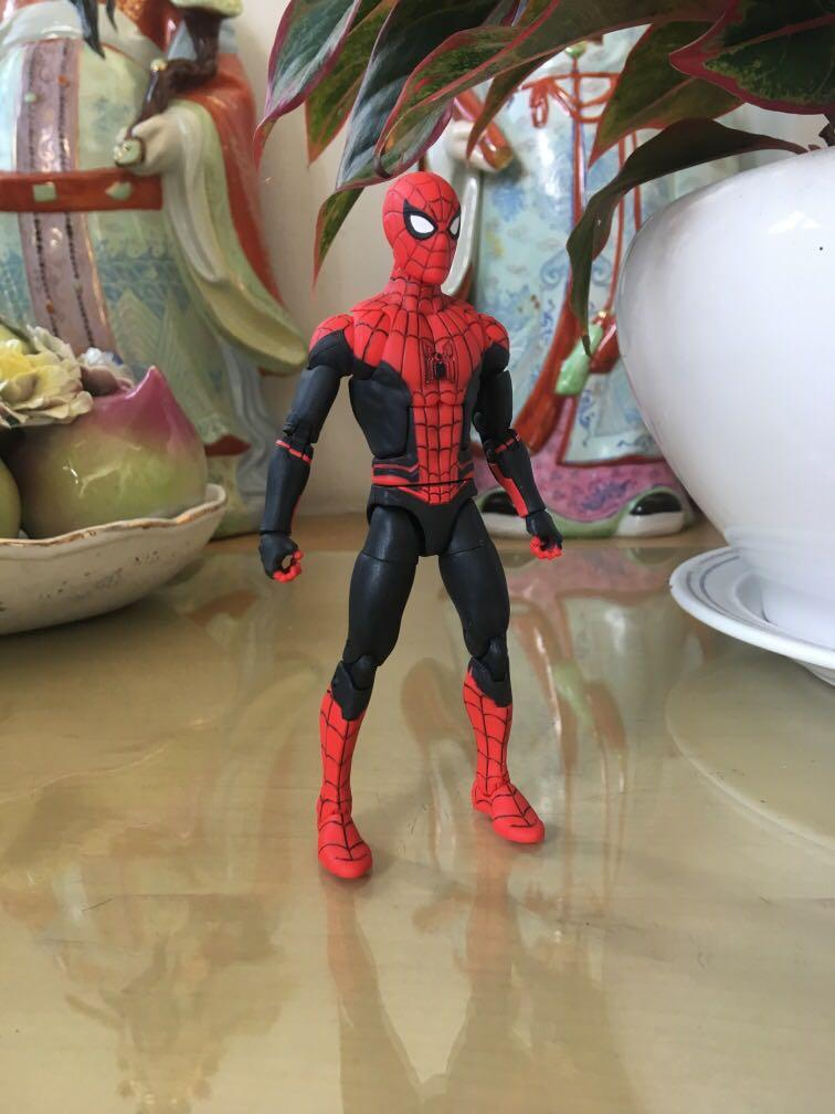 """Marvel Legends 6/"""" MCU Spider-Man Far From Home New Sealed Tom Holland IN HAND"""