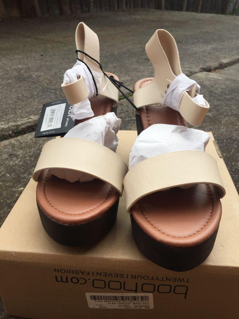 NEW RRP $59.95 Rubi SZ 39 Beige Ankle Strap Platform Chunky Wooden Sandal Heels