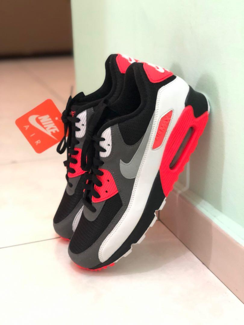 Cuyo piano Accor  Nike Air Max 90 OG (Reverse Infrared), Men's Fashion, Footwear, Sneakers on  Carousell