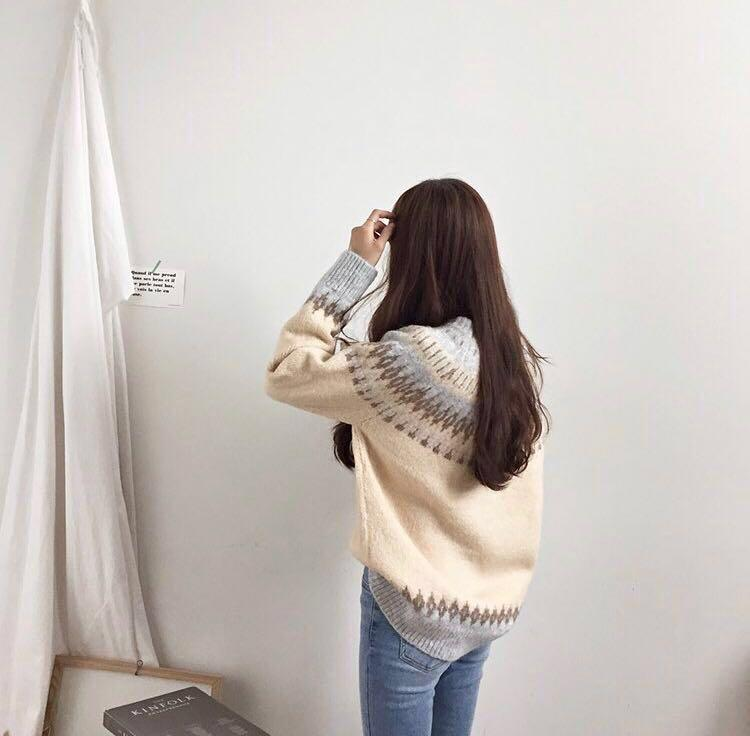 *REDUCED* KOREAN STYLE OFF WHITE/BEIGE/GREY WINTER PATTERN WOOL KNIT SWEATER