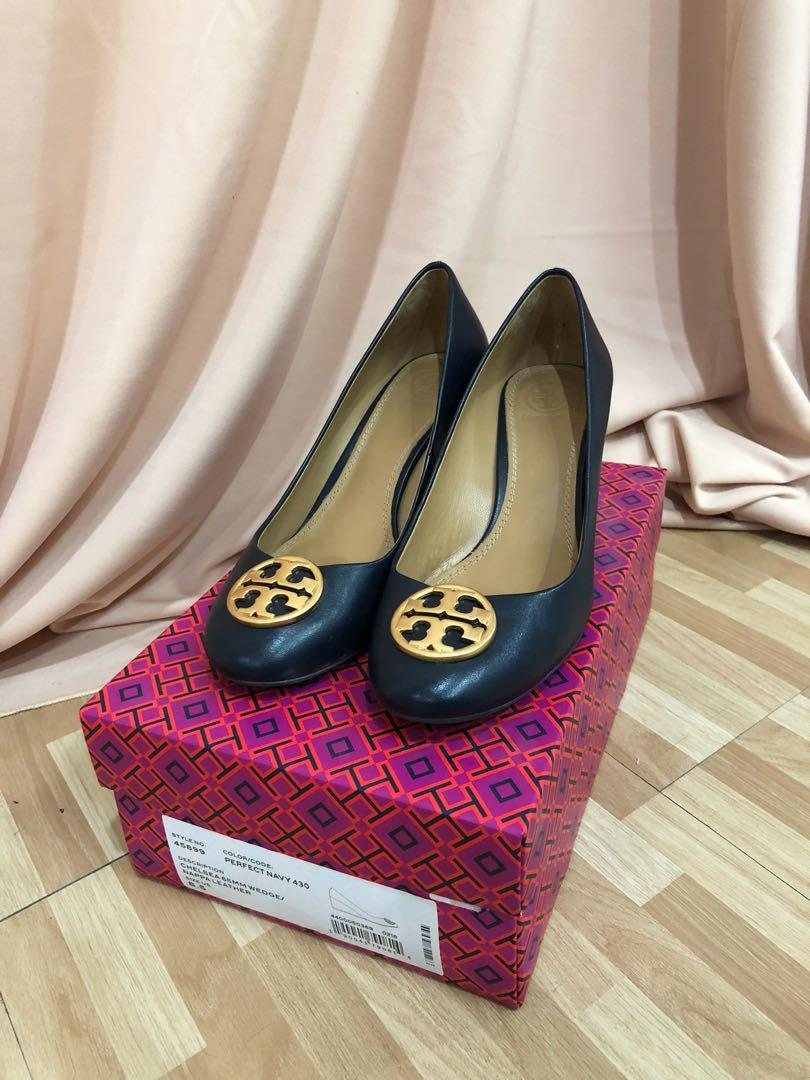 Tory Burch Chelsea Wedge Nappa Leather Perfect Navy | Size 8.5 US