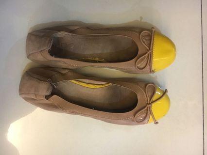 Flat shoes aldo pita
