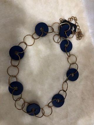 Kalung lilit biru yg bisa di pakai jg sebagai ikat pinggang