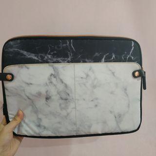 TYPO Laptop Casing Case Protector