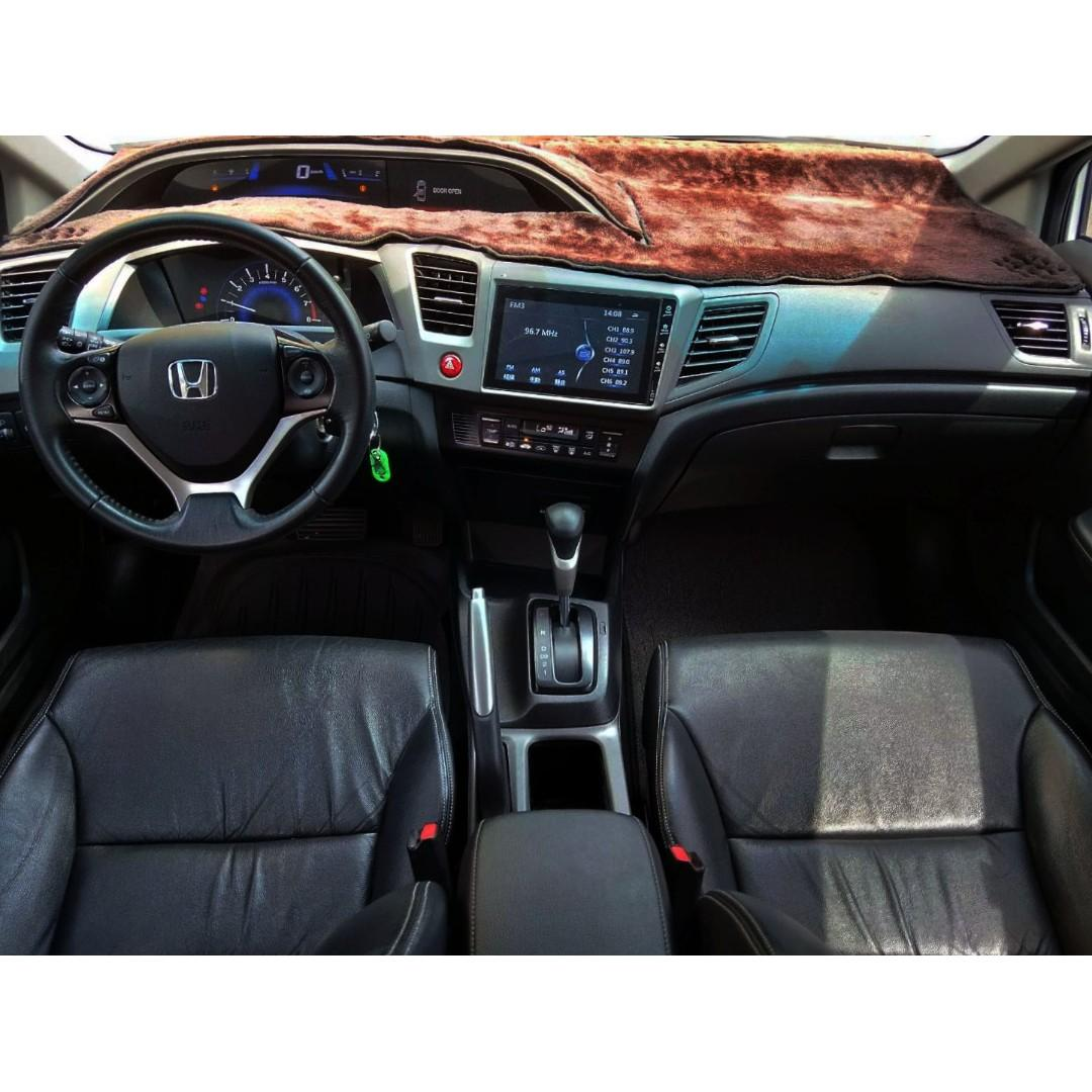 2013年HONDA CIVIC K14 1.8 正一手車 僅跑3萬里程保證 霸氣外觀空力套件 帥氣尾翼