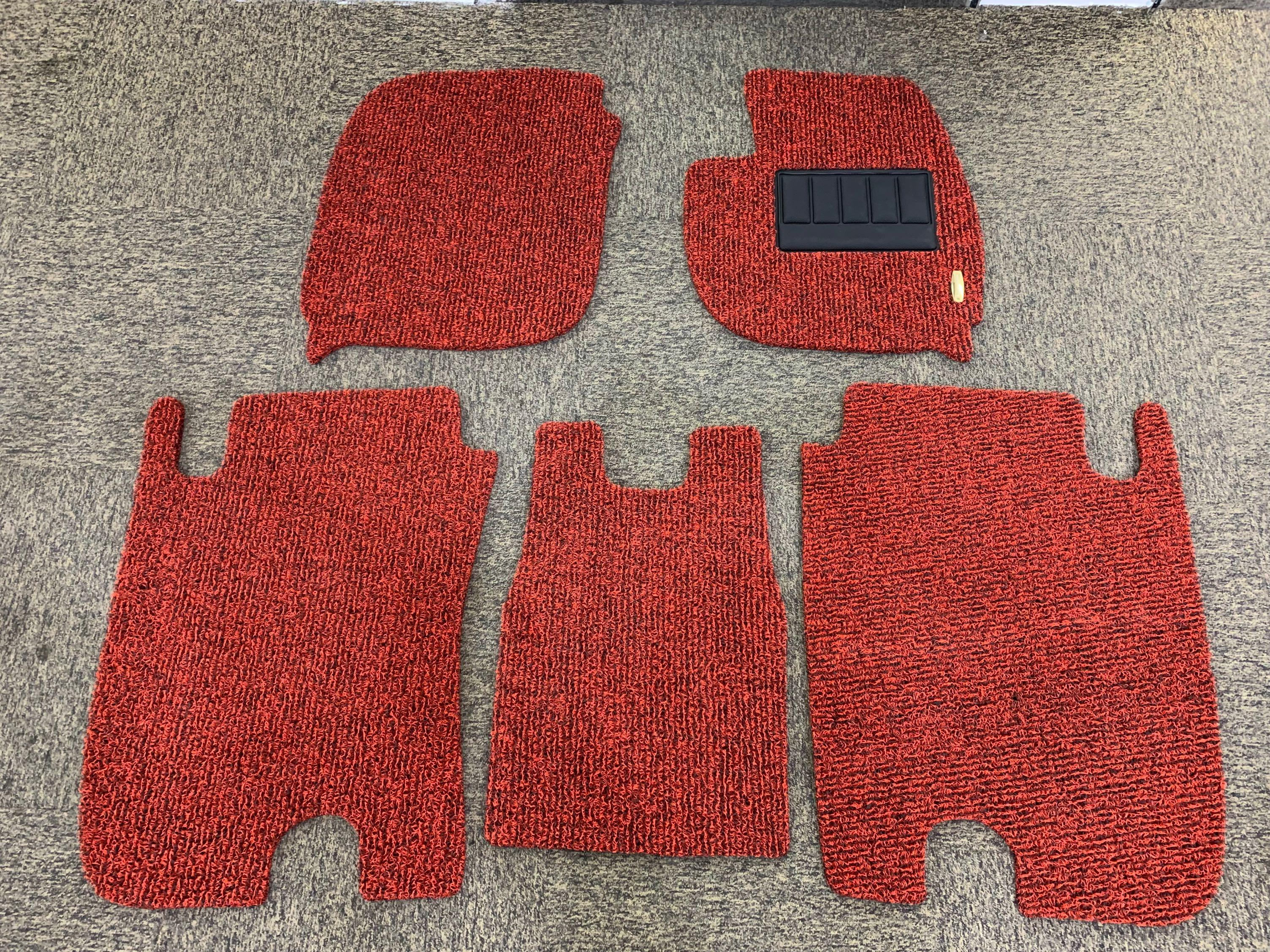 2019 Honda Vezel Customized Fitted Car Floor Mat! (Black/Red) Two Tone Colour