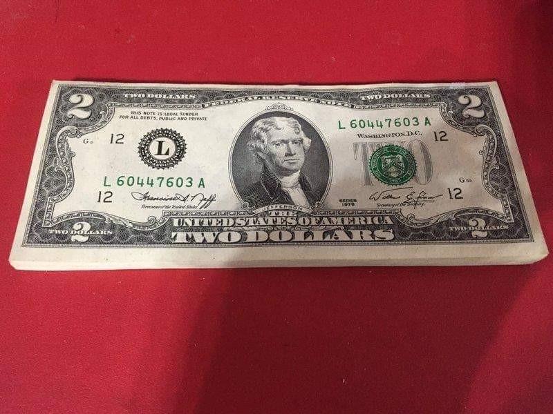 絕版!!! 1976年發行罕見2元美鈔 美金 美元 !! 珍藏48張連號,絕對值得收藏!! 保存非常良好,不拆售誠可議