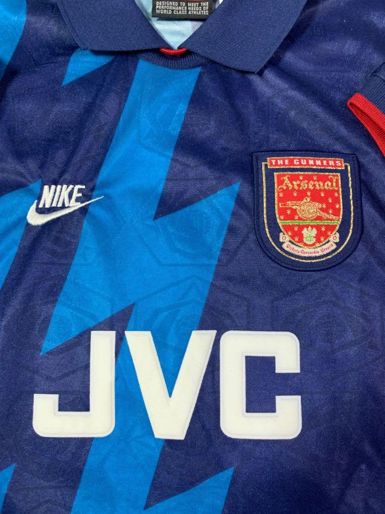 wholesale dealer 84cdf 98c21 Arsenal Dennis Bergkamp 1995/1996 away kit size M, Sports ...