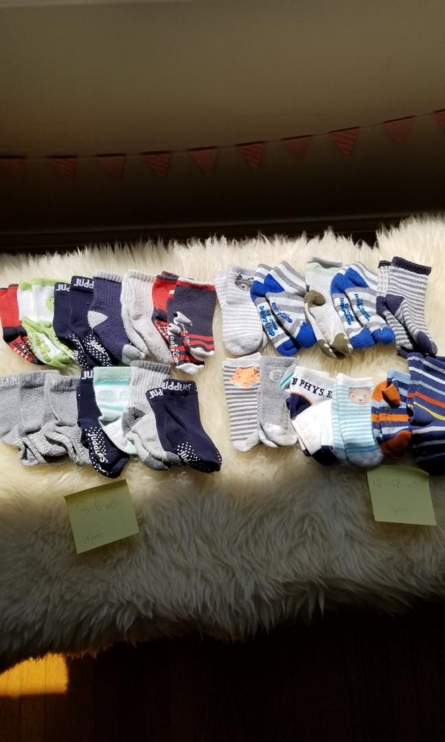 Baby gap juddlies socks 25 pairs!baby toddler socks. 25 pairs. Also wee urban and Juddlies socks. Purchased new for $4/pair.14 pairs size 3-6mths ($10) and 11 pairs for 12-18mths($10). Or take all 25 pairs for $15 pick up