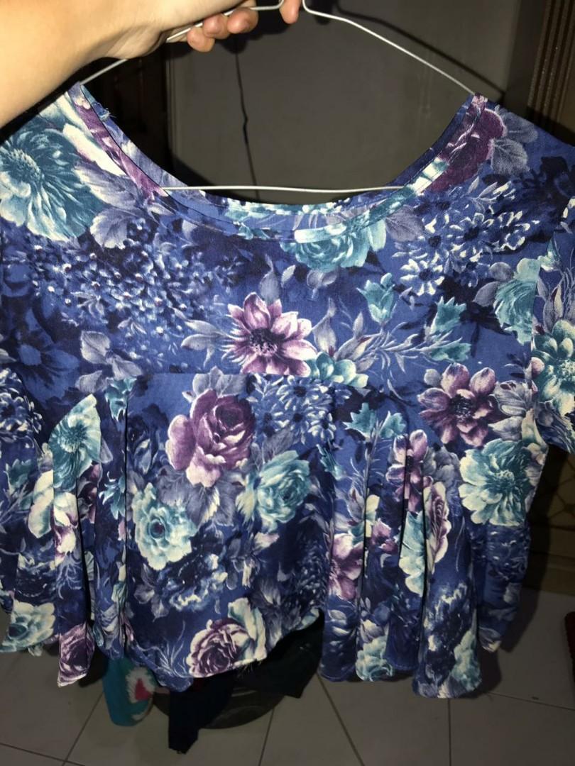 Baju wanita bunga bunga