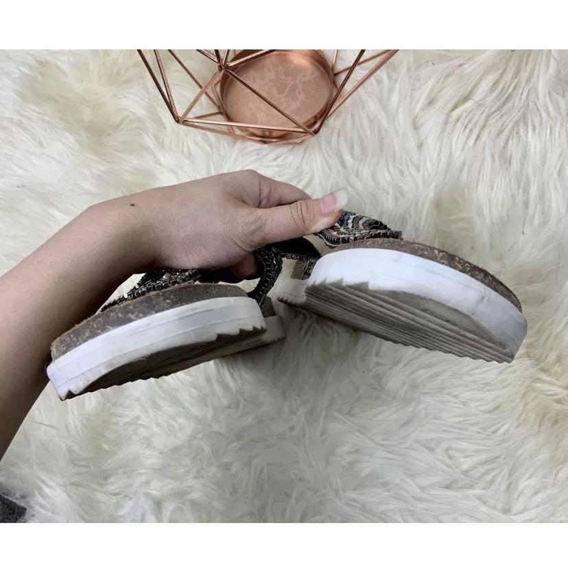 Gios Eppo 39/US8.5 Piel Leather silver bead sequin sandals flat cork designer