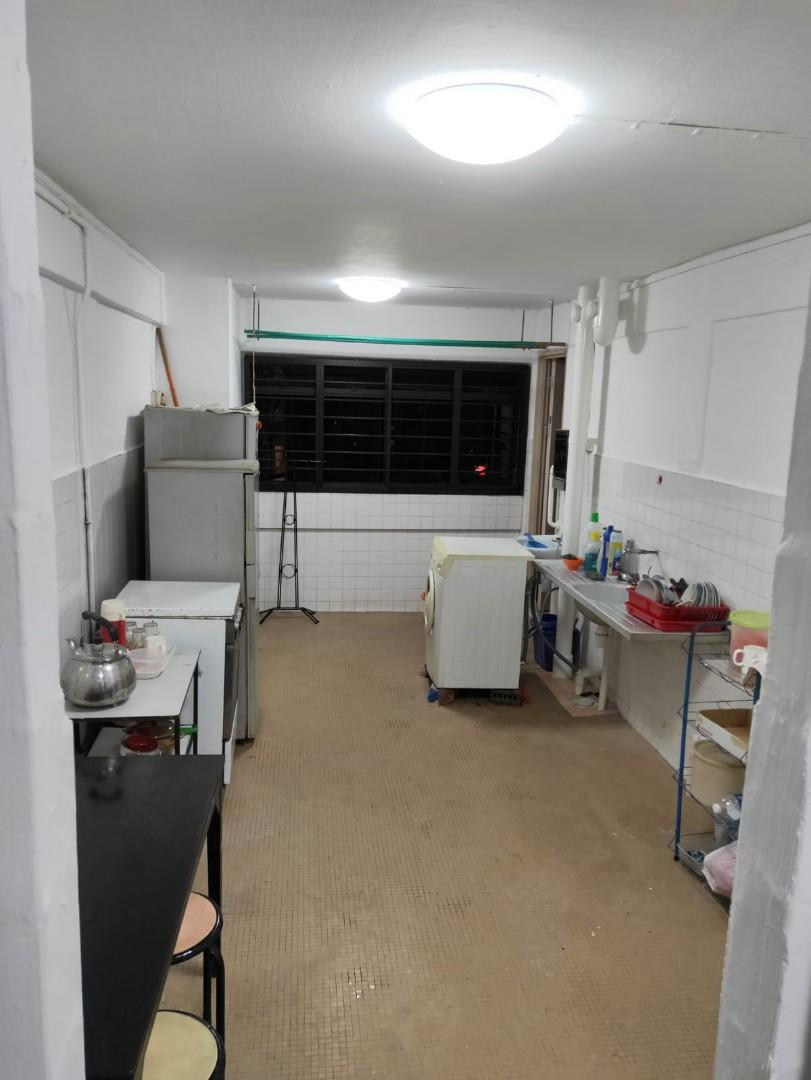 Hdb 3rm whole unit for rent(Clementi)