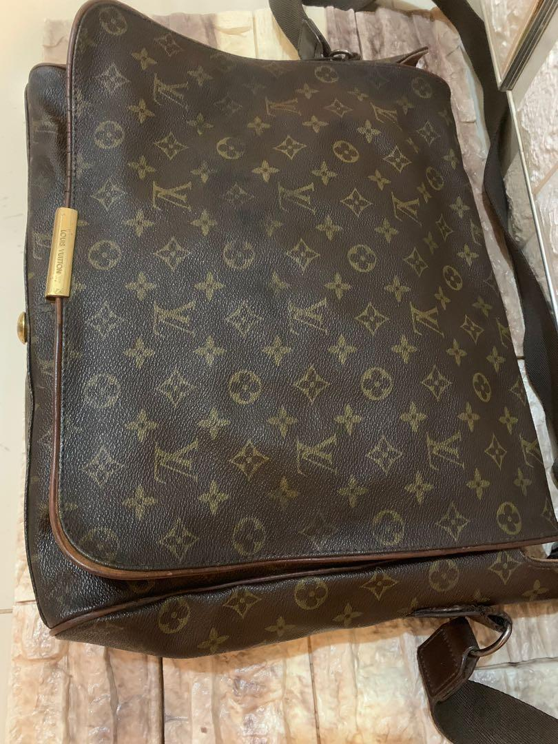 Louis Vuitton messanger bag authentic ganteng 38 x 30 x 7 cm