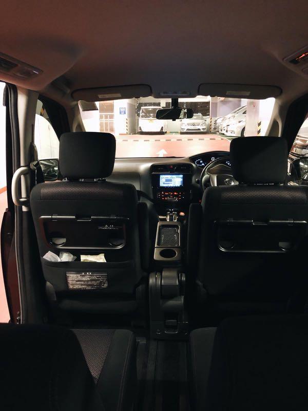 [租車] NISSAN Serena 多用途七人車 租車 自駕 日租 週租 短租 正式租車保險