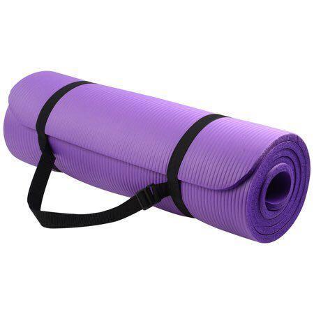Purple Yoga mat w. Black carry straps