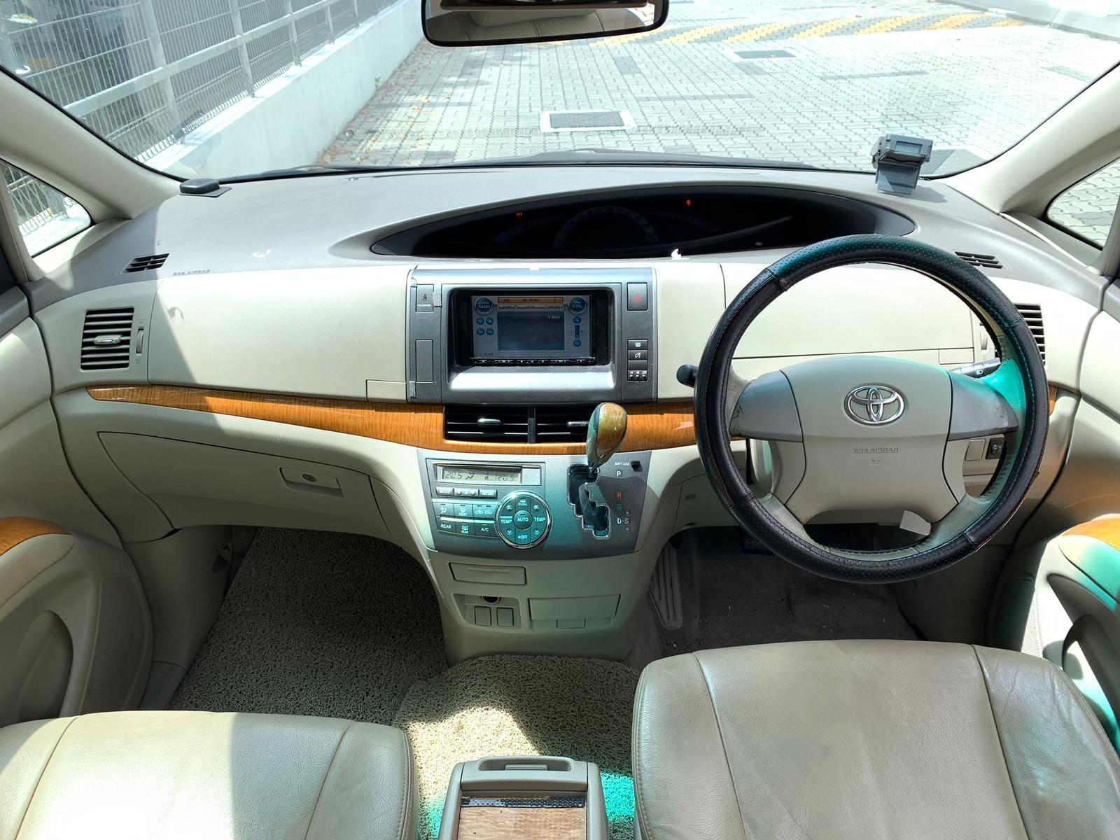 Toyota Previa Cheapest Rental for PHV Grab GoJek Ryde or Personal Use