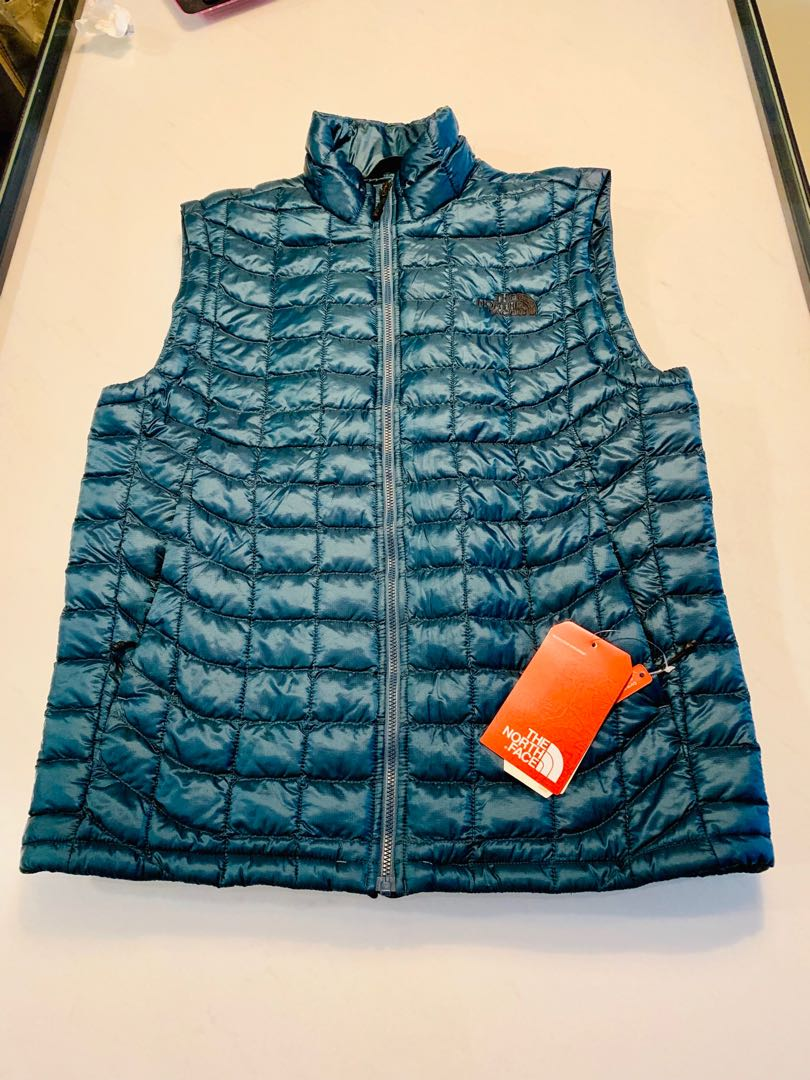 8215608b0 Winter Vest- NORTHFACE men's Thermoball vest ( conquer blue)