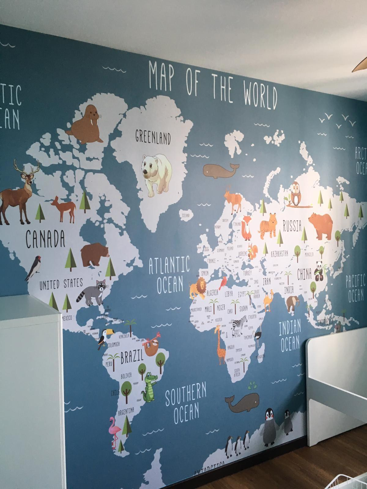 World Map Wallpaper and bookshelf installation completed ...