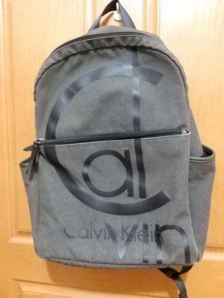 Calvin Klein 背包