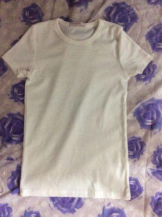 White bodycon T-shirt