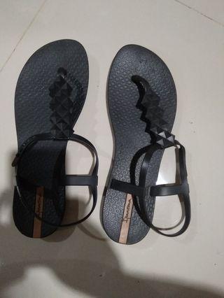 sandal ipanema ori