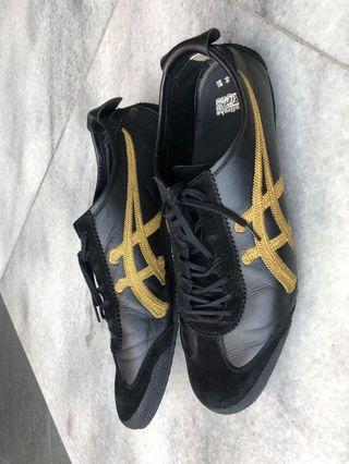Ontisuka Tiger black n gold limited edition
