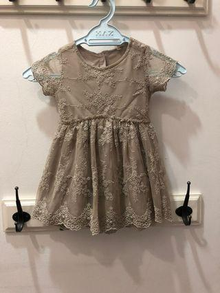 Kid's Dress 3/4Y