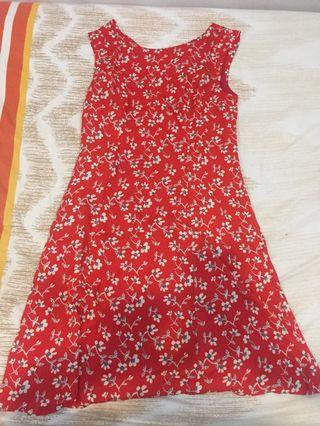 Dress red flower