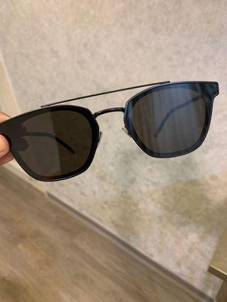 Rarely used Saint Laurent sunglass (SL28)