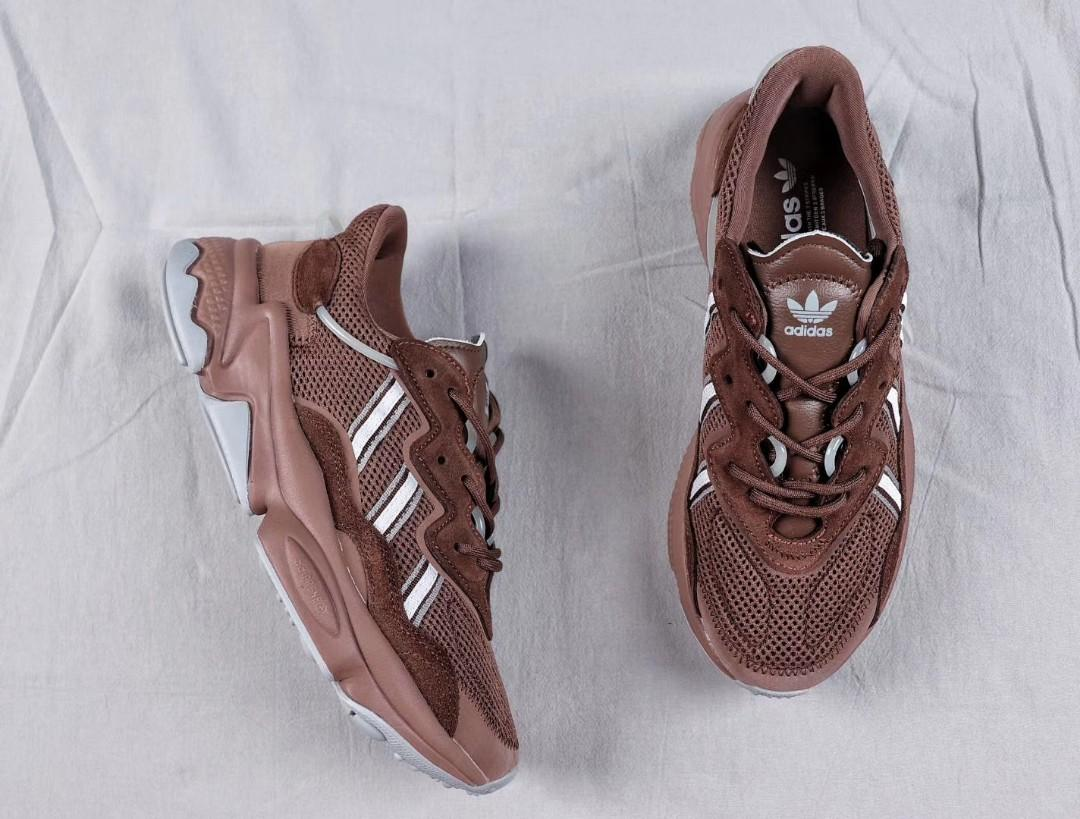 Adidas Ozweego, Men's Fashion, Footwear, Sneakers on Carousell