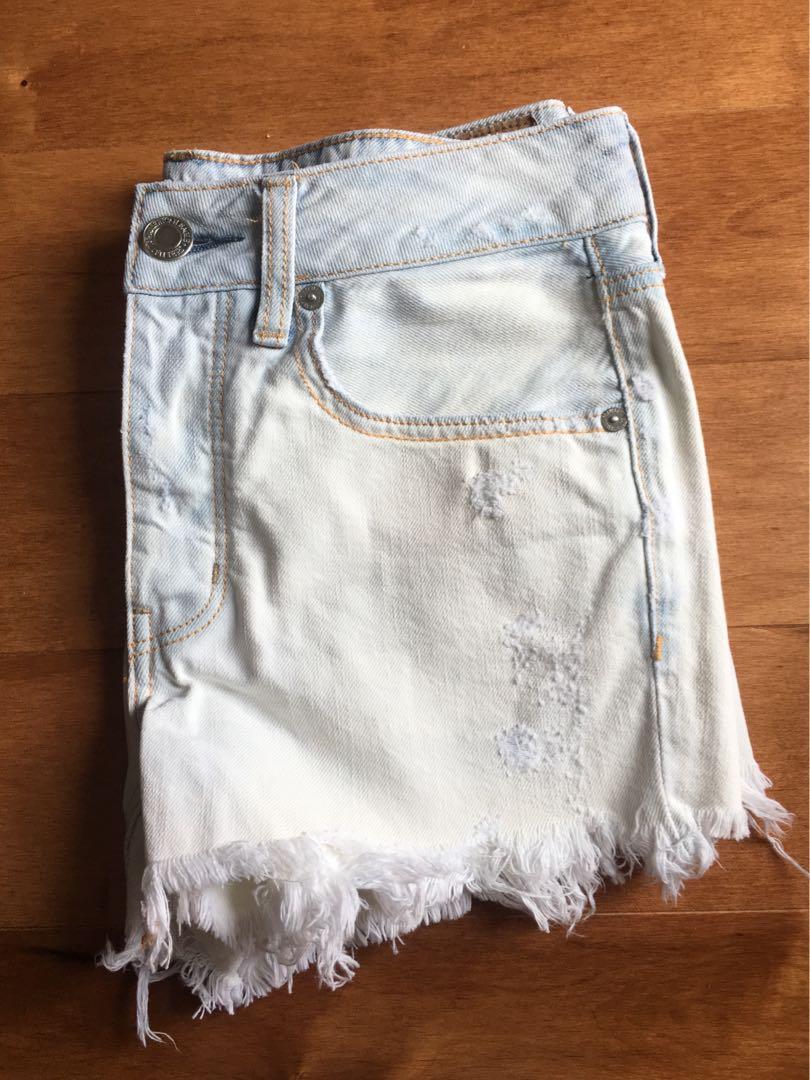 American Eagle Tomgirl Shorts