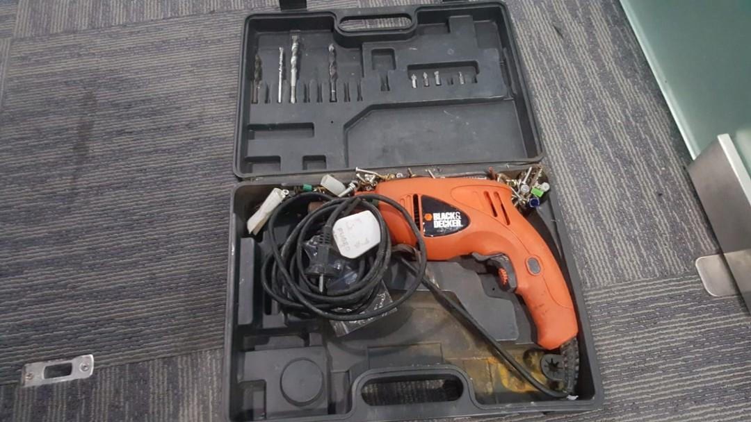 Black & decker Electrical drill