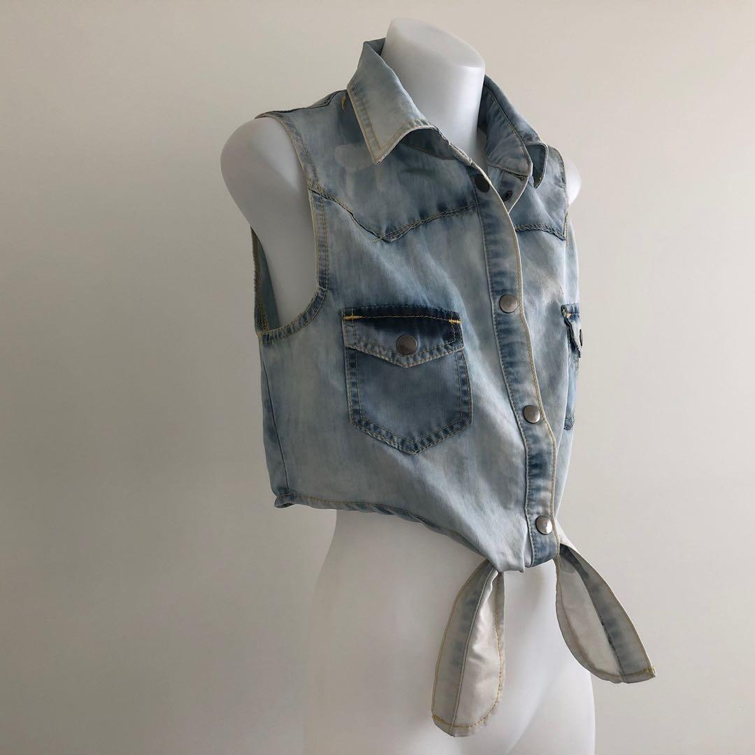 Eleven Rain Drops 💗 Vintage Blue Denim Tie Crop Top, Size 8
