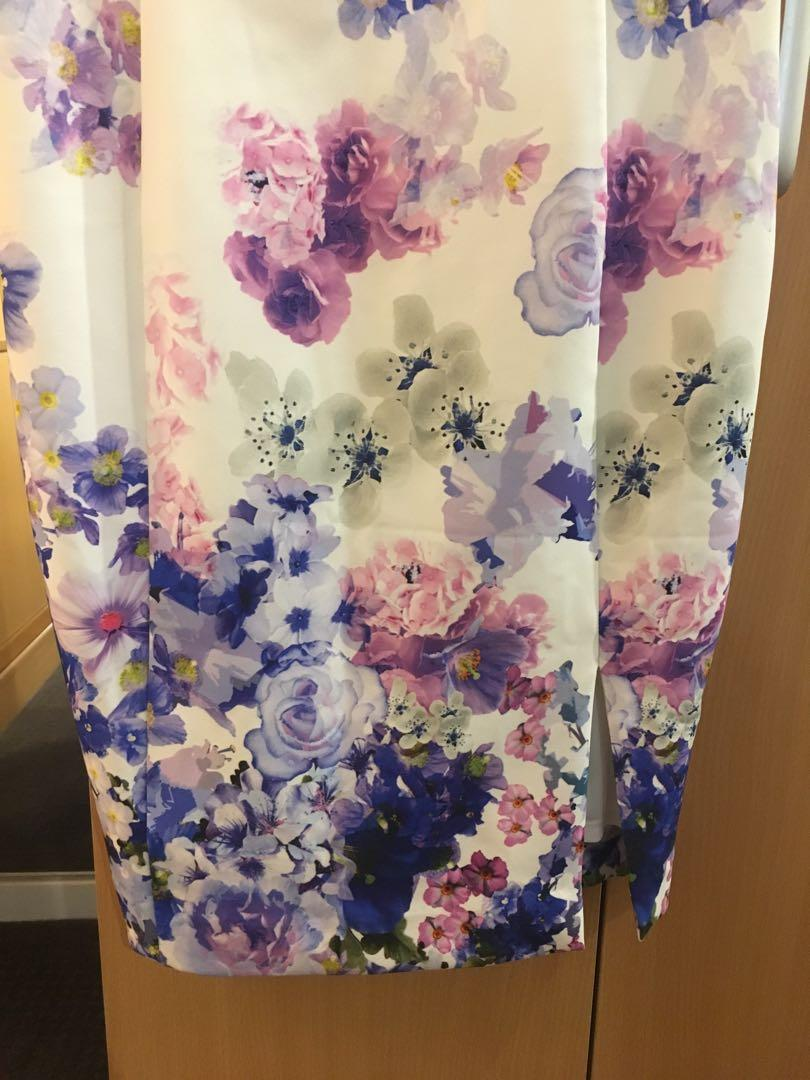 Floral purple and white elegant sleeveless dress (size m)