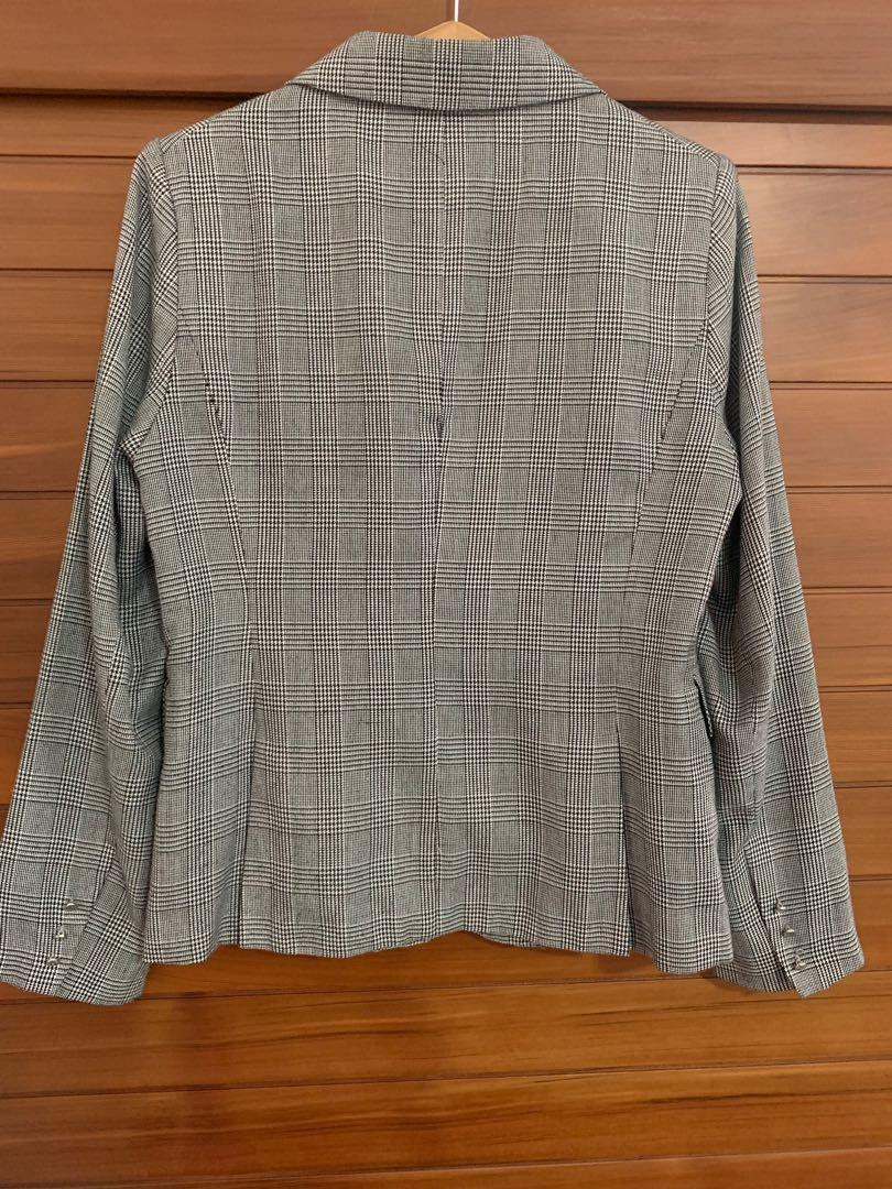 French Connection Blazer Size 12 pre loved good condition