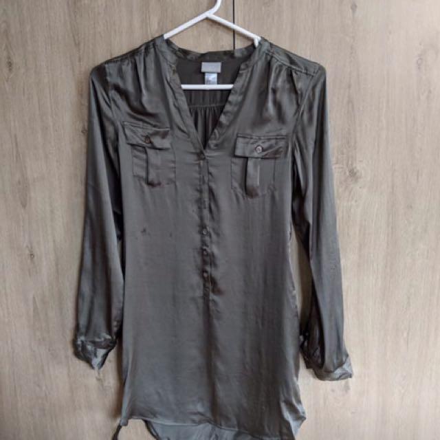 H&M satin shirt dress - size XS