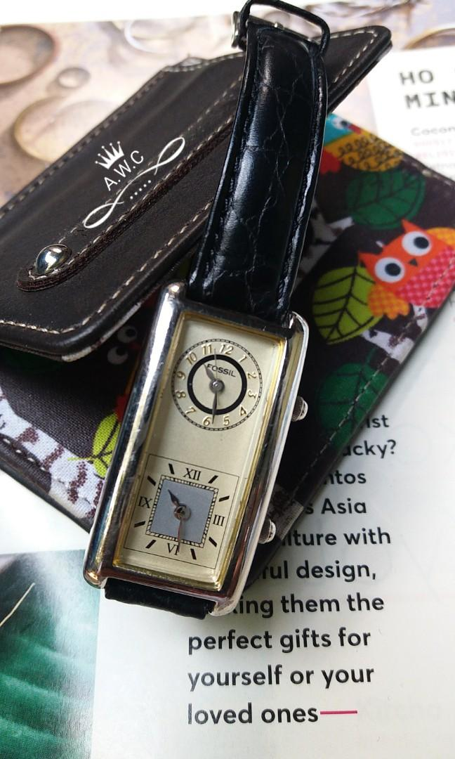Jam Tangan Vintage 70s Fossil Dual Time Quartz Watch Black Leather Band