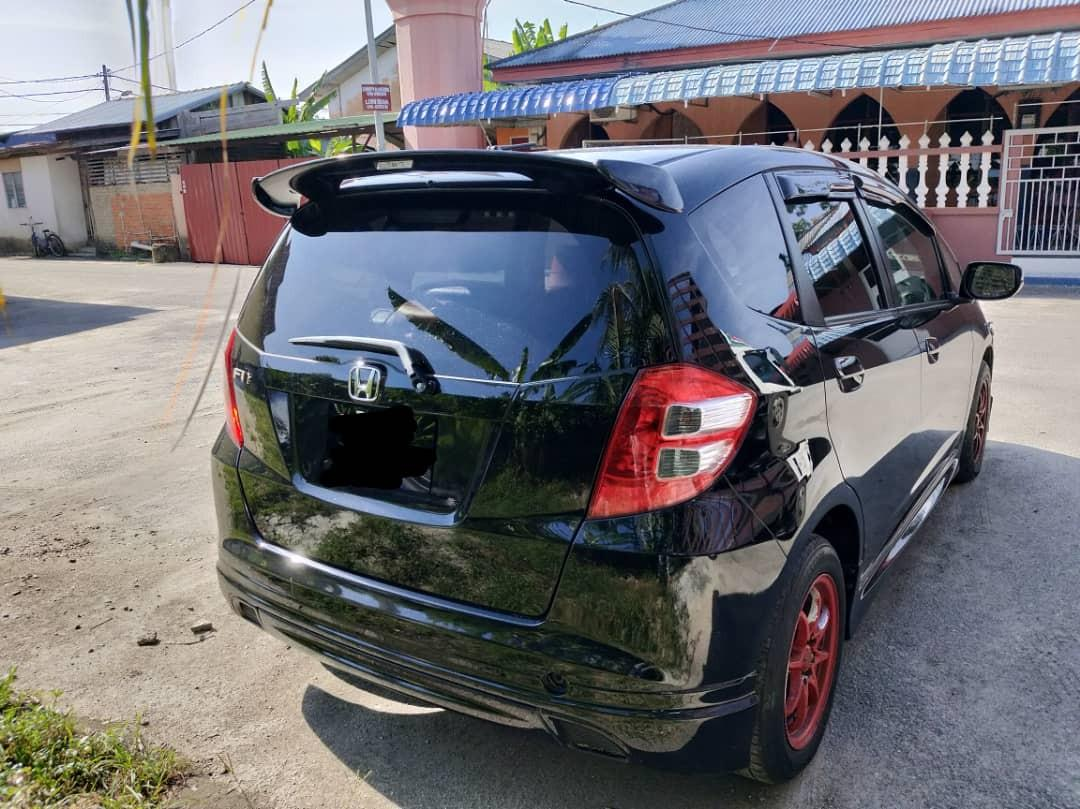 *KERETA SINGAPORE*🇸🇬🇸🇬🇸🇬 *JOIN GROUP WASAP 12👇 https://chat.whatsapp.com/KbcPwtnB4SwETD5Yt7qHLZ  Honda jazz 1.5 Siap  JB *RM 6 000*  Wasap.my/601136275609 *WANT SELL BACK YOUR SCRAP CAR?LET ME HELP😊*