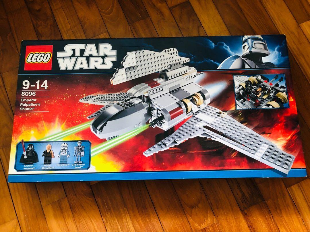 *BRAND NEW* LEGO Star Wars Rebel Scout Speeder 7668 *DENTED BOX*