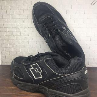 Sepatu Anak (Lotto) size 35