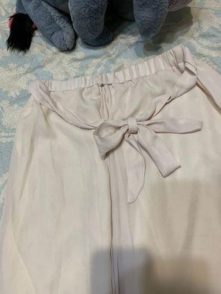 雪紡米白寬褲