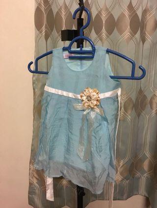 Lovely Lace blue party dress