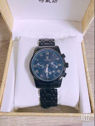 特威斯三眼手錶