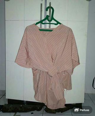 Blouse model kimono