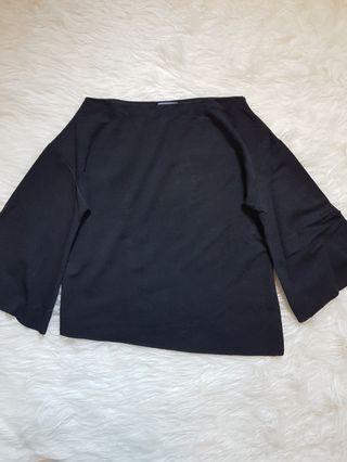 Black widesleeve top