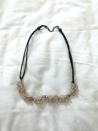 Kalung bunga