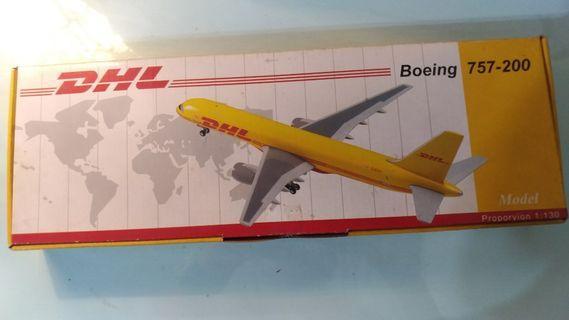 DHL  757F 1/130